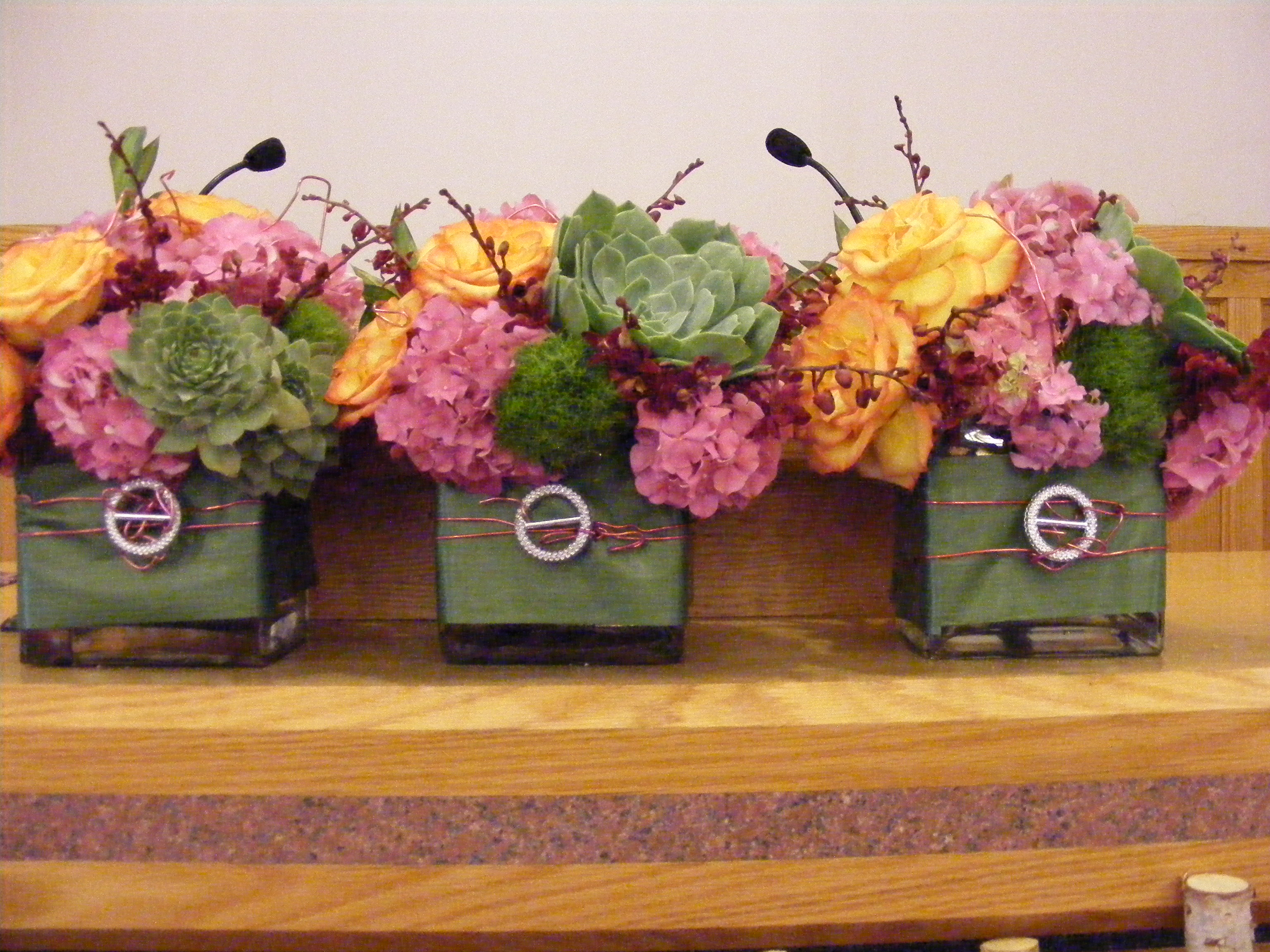 Flower Club Of The Month Mondu Floral Design High End Downtown